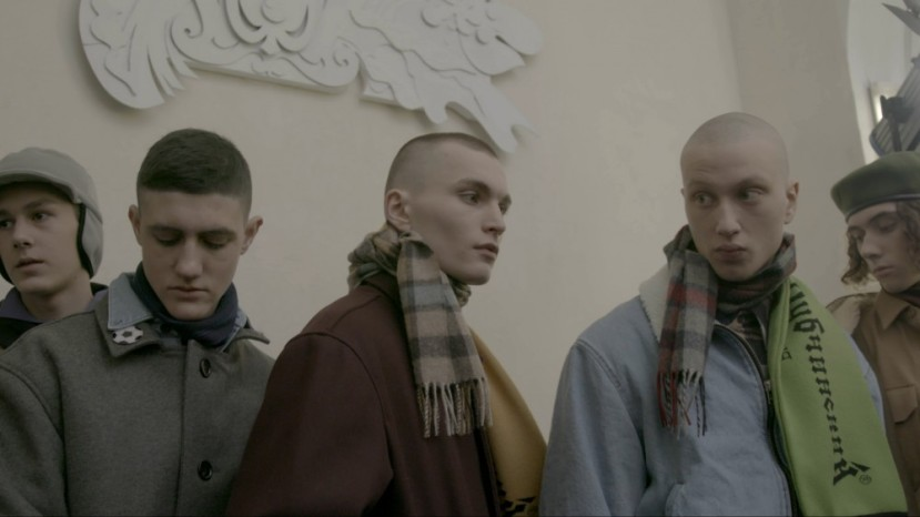 apart-gosha-rubchinskiy-film-stills-papaya-dog-m.tomash-inrussia-hero19-1000x562
